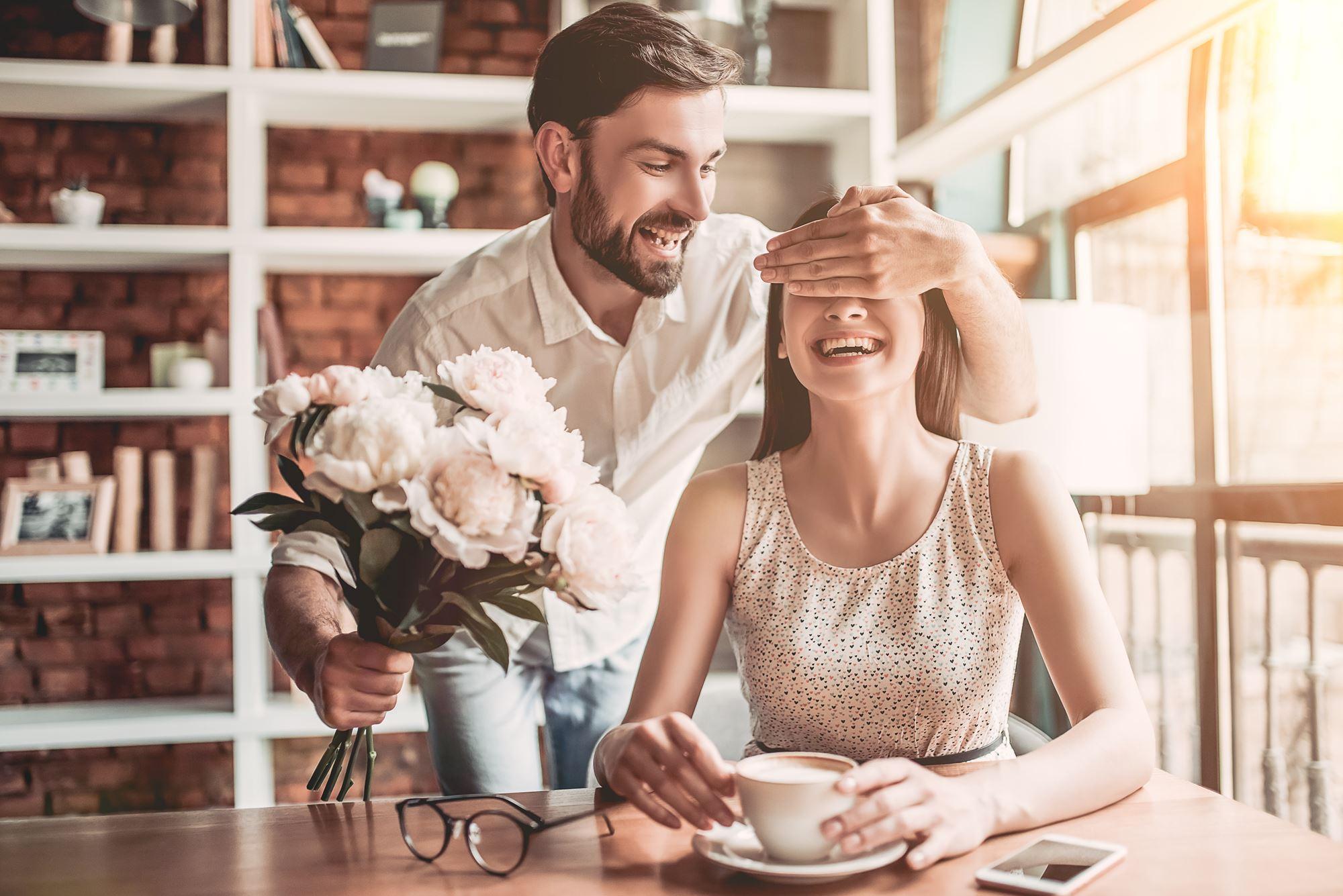 Annonce BDSM : deux êtres humains en pleine romance ?